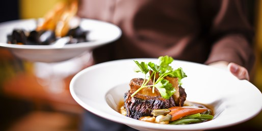 £29 -- 3-Course Meal for 2 at 17th-Century Lancashire Inn