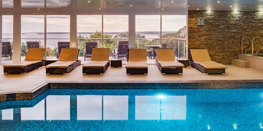 £45 -- St Ives Spa Day w/Treatment & Afternoon Tea, 40% Off