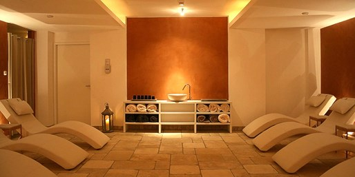 89 € -- Romantische Wellnesszeit für 2 im Private Spa, -34%