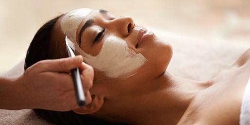 £39 -- Facial, Massage & Eye Treatment in Brighton, Was £90