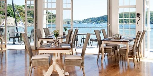 £25 -- Beachfront Devon Hotel: 2-Course Lunch for 2, Was £63