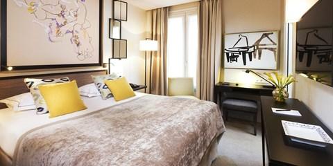 179€ -- Paris : hôtel 4* près des Champs + tickets Louvre