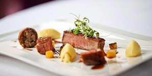 £59 -- Award-Winning 7-Course Meal & Bubbly for 2, 41% Off