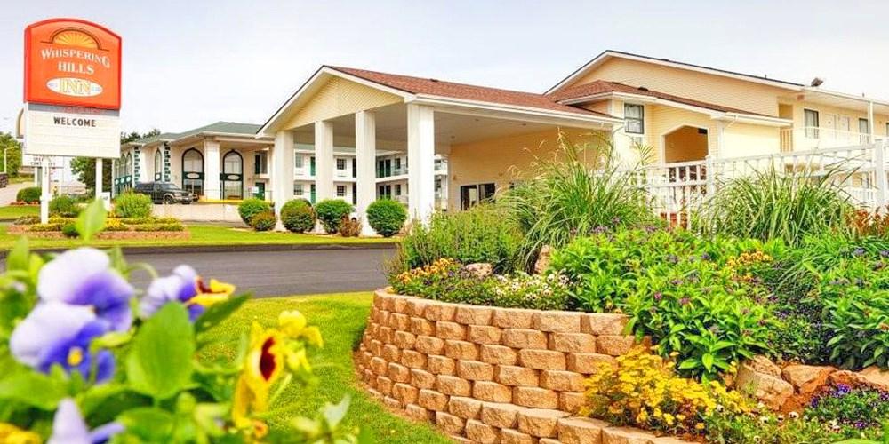 Whispering Hills Inn -- Branson, MO