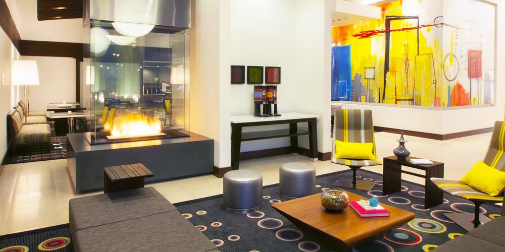 Hampton Inn & Suites Denver Downtown-Convention Center -- Denver, CO