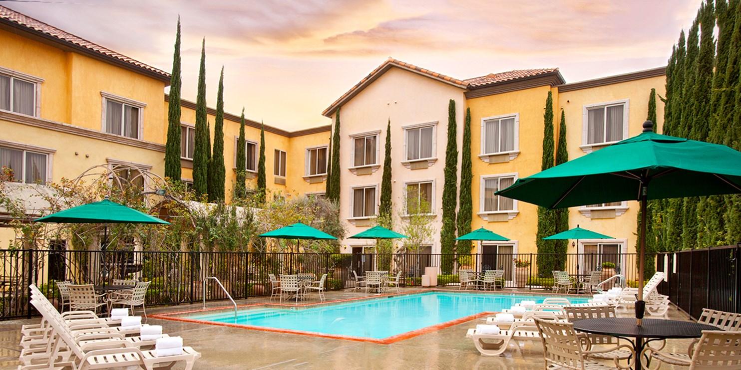 Ayres Hotel Laguna Woods  -- Laguna Woods, CA
