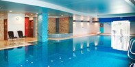 £35 -- Cotswolds Spa Day inc Massage & Facial, 60% Off