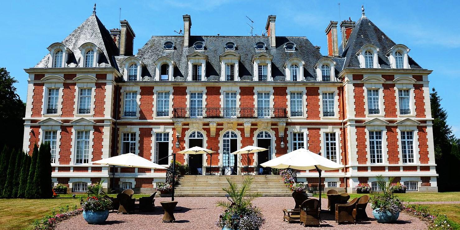 Château de la Cazine -- Noth, France