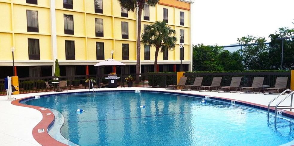 Comfort Inn & Suites Clearwater -- Clearwater, FL