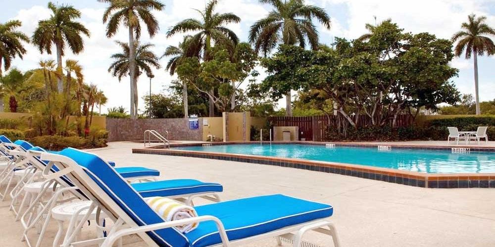 DoubleTree by Hilton Hotel Miami Airport & Convention Center -- Miami, FL - Miami Intl (MIA)