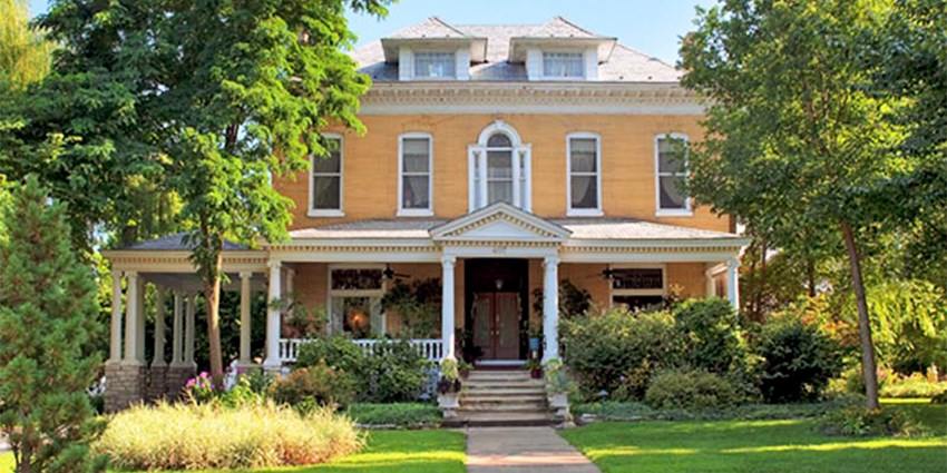 Beall Mansion An Elegant Bed & Breakfast Inn -- Alton, IL