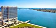 $159 & up -- San Diego AAA 4-Diamond Bayfront Hotel, 60% Off