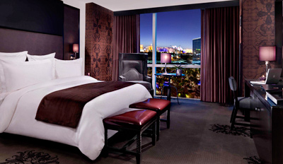 $79 - Vegas 4-Star Getaway incl. Upgrade & Drinks, $100 Off