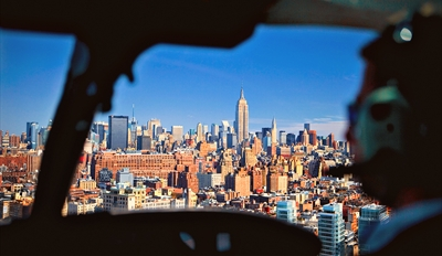 $125 -- Manhattan Helicopter Tour & Champagne, Reg. $222