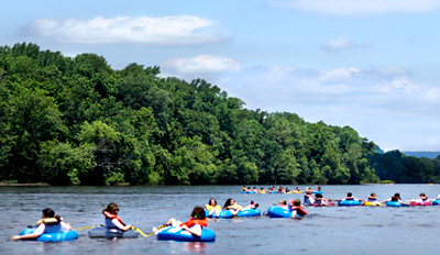 $17 -- Tubing on the Delaware w/Riverside Lunch, Reg. $26