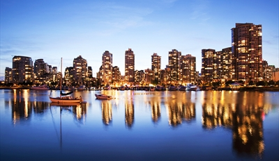 $39 - Vancouver Waterfront Dinner & Holiday Cruise, Reg. $90