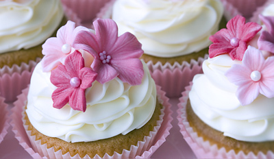 £29 -- 3-Hr Cupcake-Decorating Class inc 6 Cakes, Reg £100