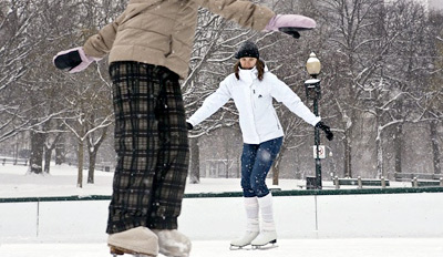 $9 - The Frog Pond: Ice Skating w/Hot Cocoa, Reg. $17