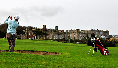 £20 -- 18 Holes of Golf for 2 at St Ives Castle, Reg £58