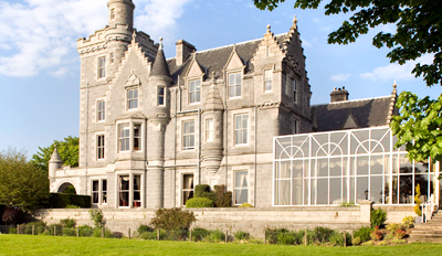 £99 -- Scottish Castle Stay for 2 w/Dinner, Wine & Upgrade