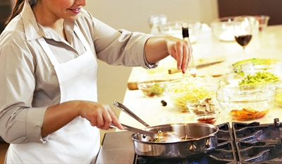 $25 -- Chef's Cooking Class w/Wine Pairings, Reg. $60
