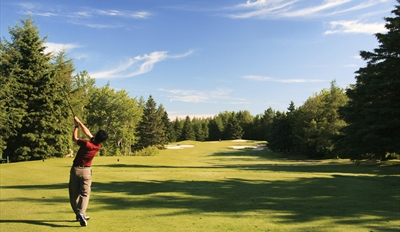 $35 - Peninsula Golf Course: Round for 2 w/Cart & Beers