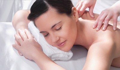 £39 -- Pamper Day inc Massage & Facial, Reg £79