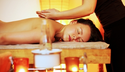 $45 - Top-Rated Spa: Swedish Massage w/Wine, Reg. $100
