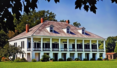 $15 -- St. Joseph Plantation: Guided Tour for 2, Reg. $30