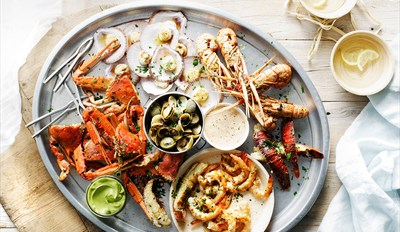 £55 -- 'Top-Notch' Seafood Feast & Bubbly for 2, Reg £128