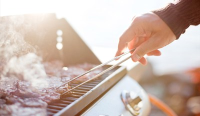 $59 -- BBQ Grilling & Smoking Class w/Dinner, Reg. $130