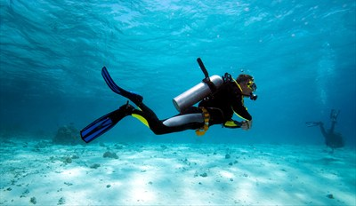 $59 -- Scuba Excursion w/Sunken Ship Dive & Lunch, 55% Off